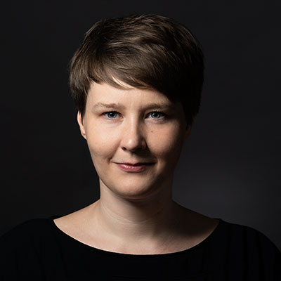dr Joanna-Lipner